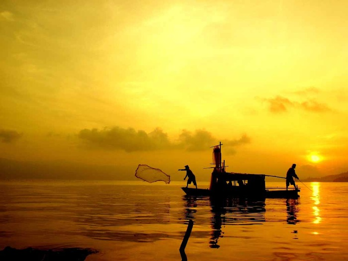 Топ-10 самых глубоких озёр мира