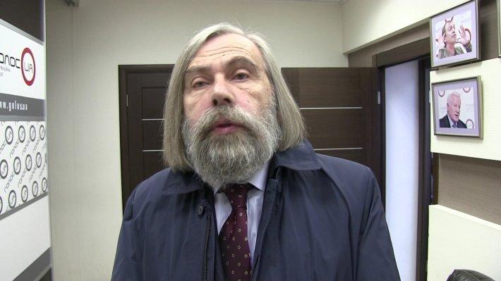 Погребинский: закон о статусе Донбасса сохранит санкции против России