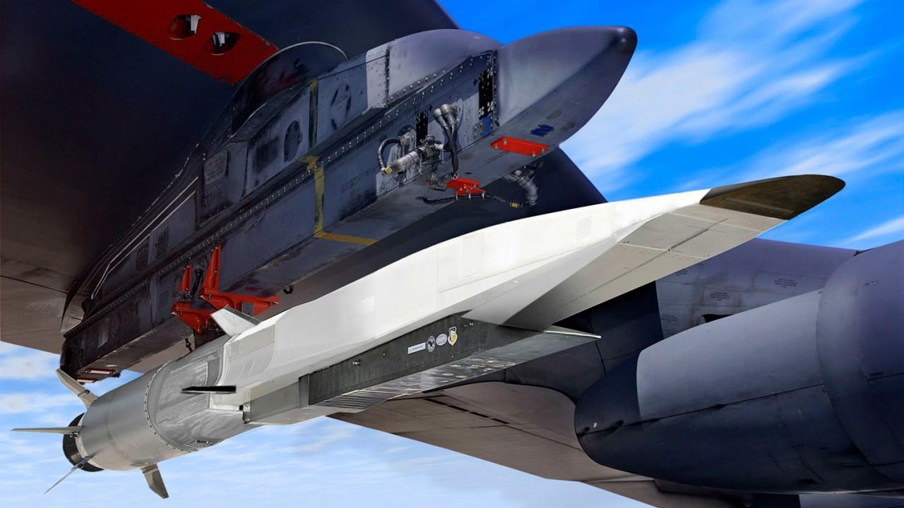 «Цирконы» наводят ужас: Пентагон спешно разрабатывает лазерное оружие