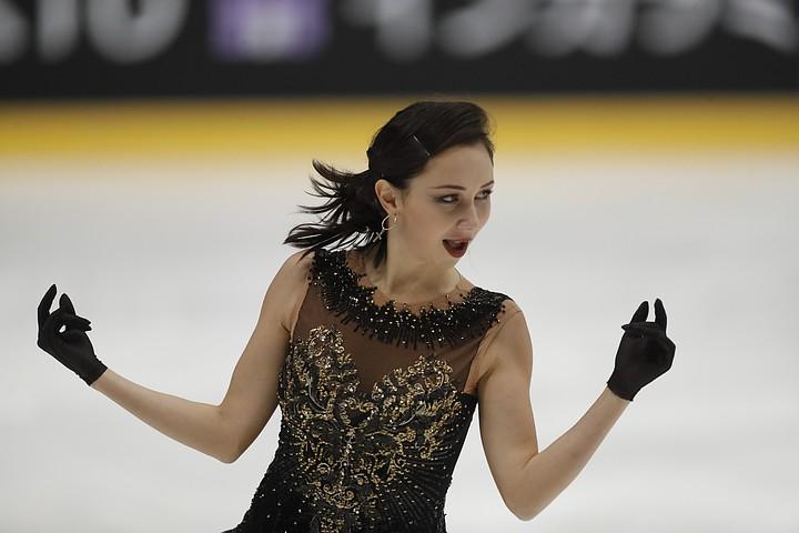 Елизавета Туктамышева обнажилась на льду в Японии, повторив свой известный номер