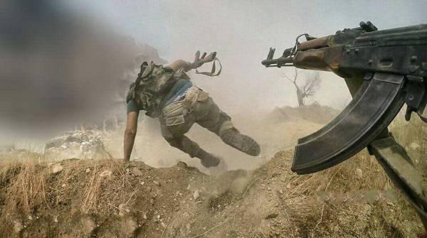 Спецназ в Сирии уничтожил группу боевиков США, шедших на помощь ИГИЛ
