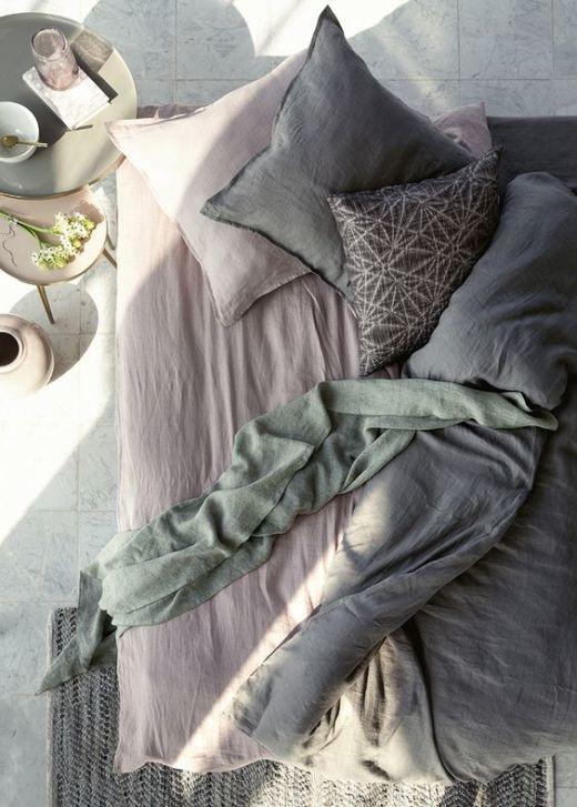 Ученые рассказали, как часто нужно менять постельное белье, чтобы не заработать проблемы со здоровьем