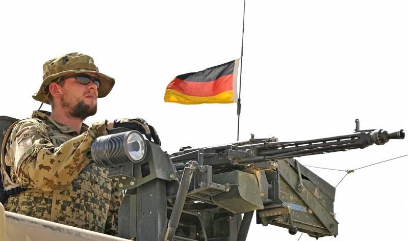 НАТО создаёт новые командные структуры у границ России