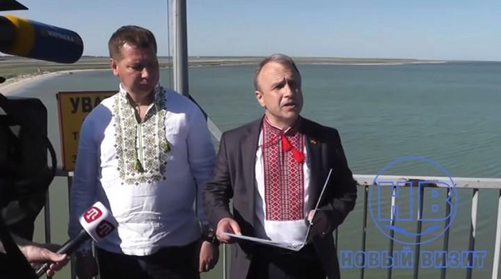 Укроклоуны устроили незабываемое шоу на границе с Крымом
