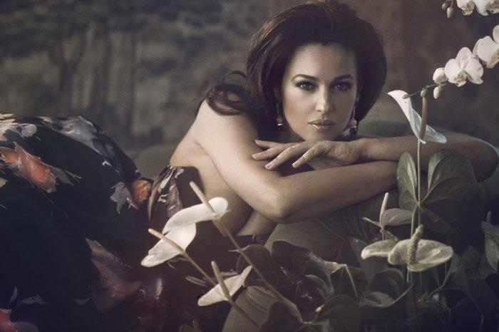 Моника Белуччи (Monica Bellucci) в фотосессии Vanity Fair (2012).