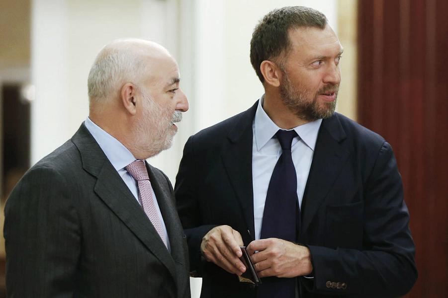 Деньги бегут в Россию. От санкций еще может быть польза?