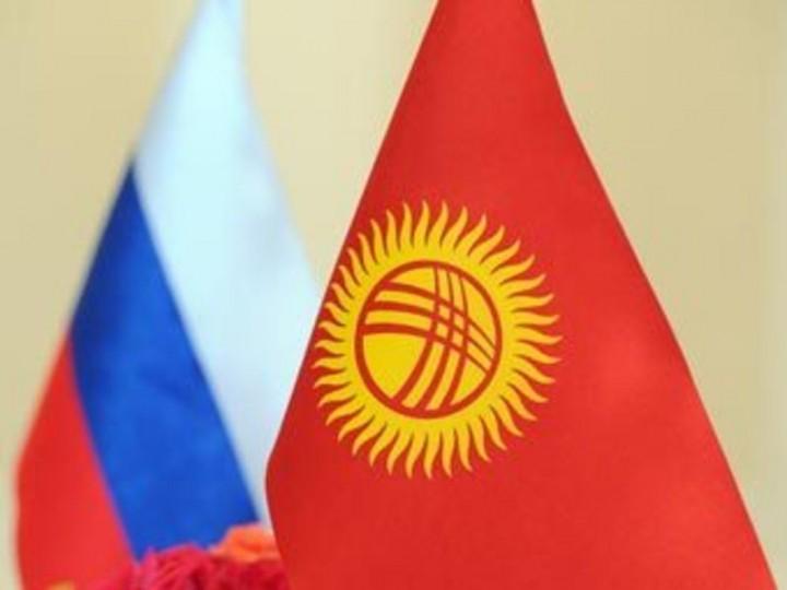 Путин обсудит с Атамбаевым перспективы присоединения Киргизии к ТC