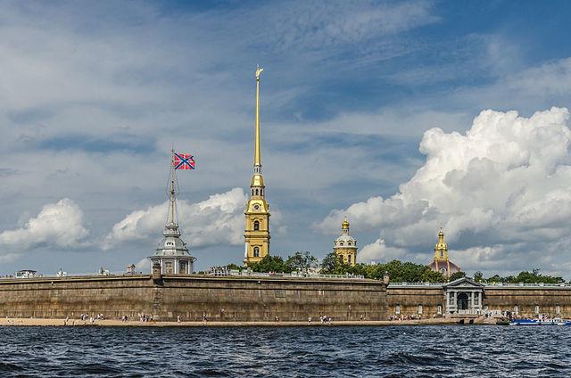 27 мая 1703 года Петр I основал Санкт-Петербург