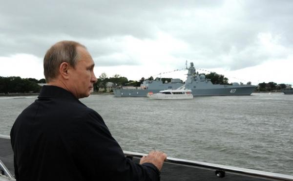Путин: Украина помогла российскому судостроению