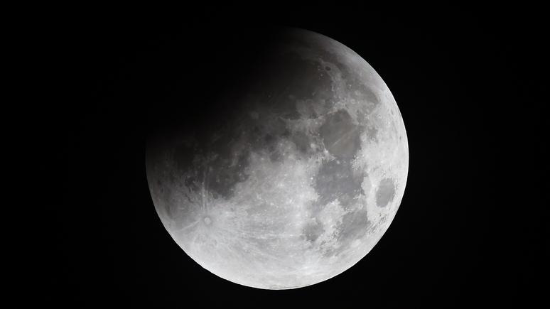 Россия решила колонизировать Луну и стать сверхдержавой в космосе