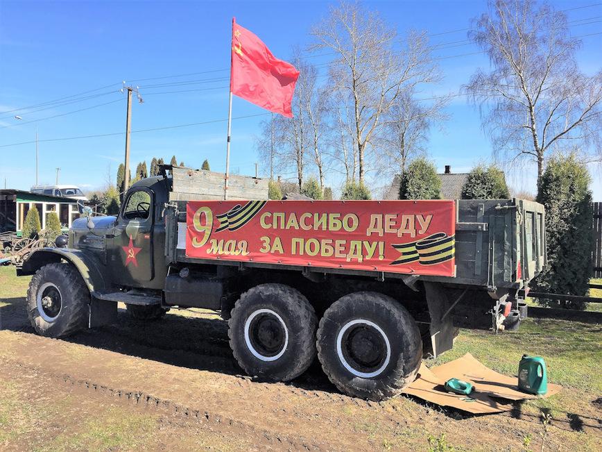 Это не кладбище металлолома, а музей советских автомобилей под открытым небом