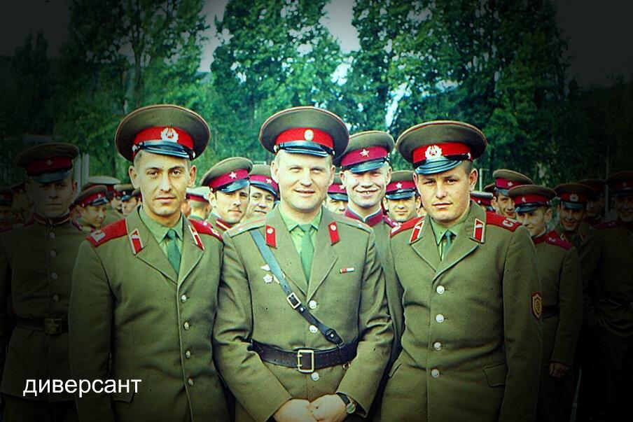 Армейская школа жизни, почему не служить в армии при СССР считалось позорно.