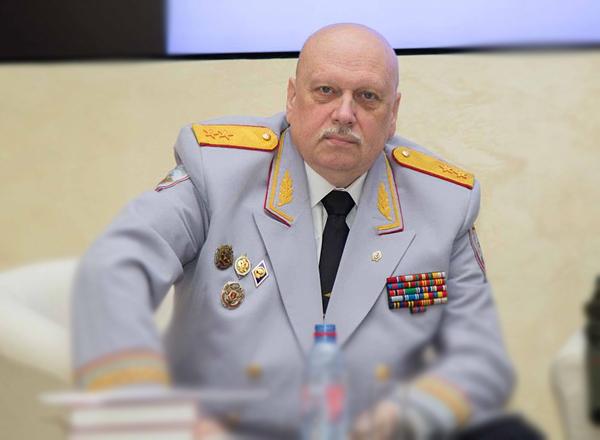 Генерал ФСБ Александр Михайл…