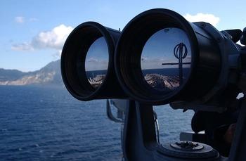 Россияне находятся на танкере, который могли захватить пираты у берегов Африки
