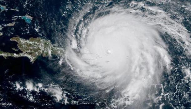 «Вы все умрете», — губернатор Флориды предупредил отказывающихся эвакуироваться из-за урагана Ирма