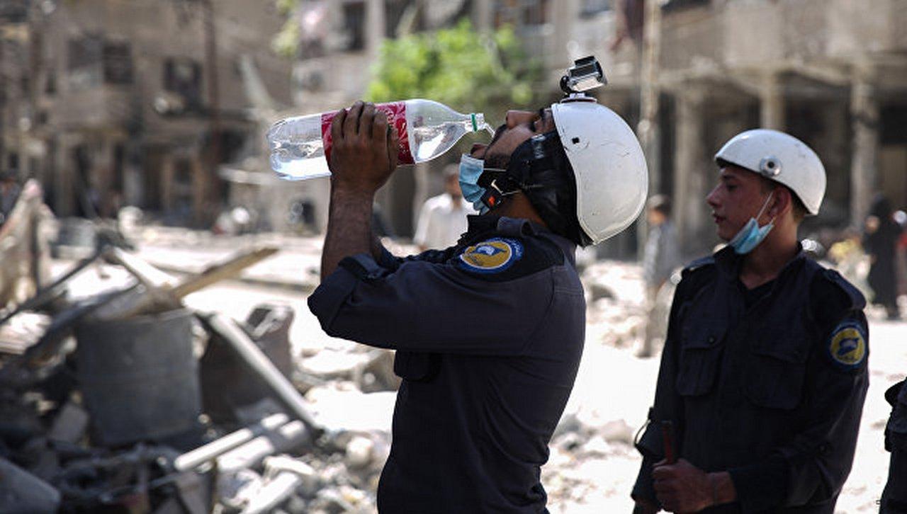И белый цвет не мил, или Как Запад снял «каски» перед Асадом