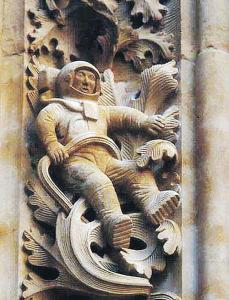 Откуда в средневековом соборе изображение космонавта?