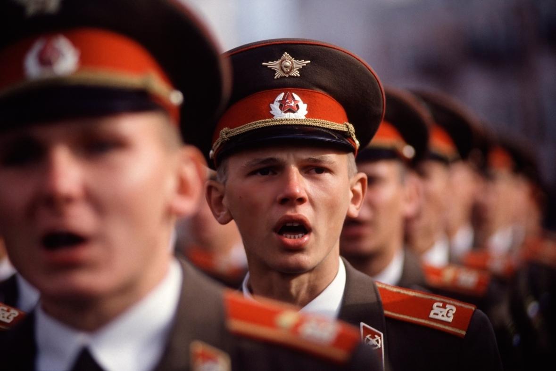 Русские обожают видеорегистраторы, ходят на субботники, а в мире они вовсе не самая пьющая нация. Британское издание об удивительных фактах о России