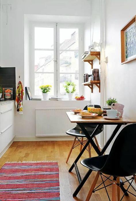 Белоснежная кухня в стиле бистро.