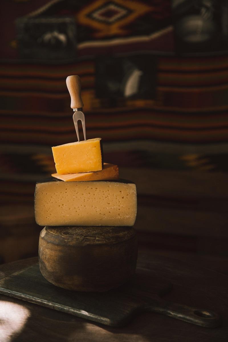 твердый сыр это