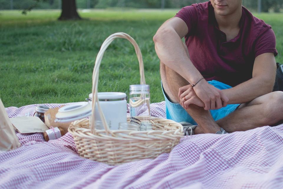 Как правильно организовать пикник на природе