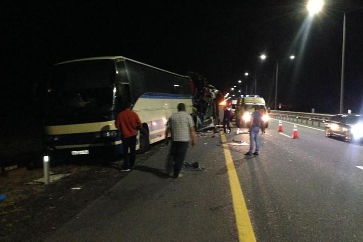 Два автобуса столкнулись под Воронежем: два человека погибли, и еще 40 пострадали