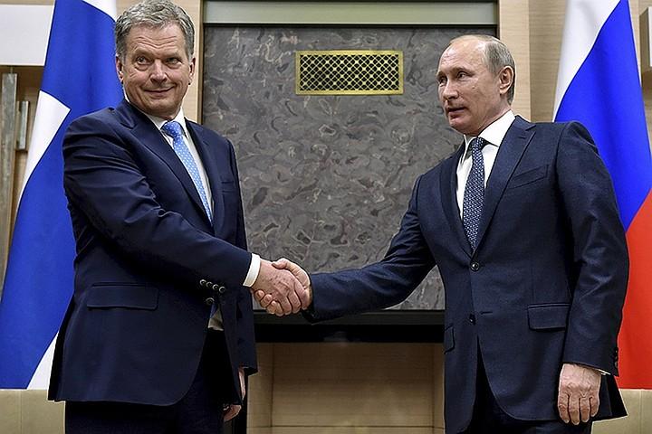 Путин подарил президенту Финляндии документы о Маннергейме