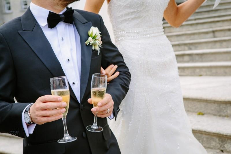 Какой прикол в свадьбе?