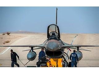 Воздушный бой с Израилем: F-…