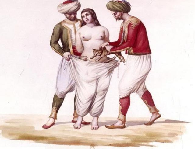 Как наказывали женщин за измену: неоправданная жестокость