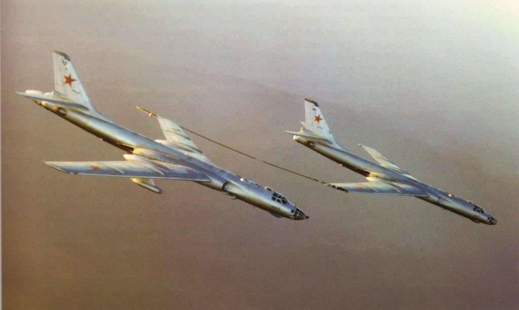 9000 метров до жизни:   уникальный случай из истории дальней авиации СССР