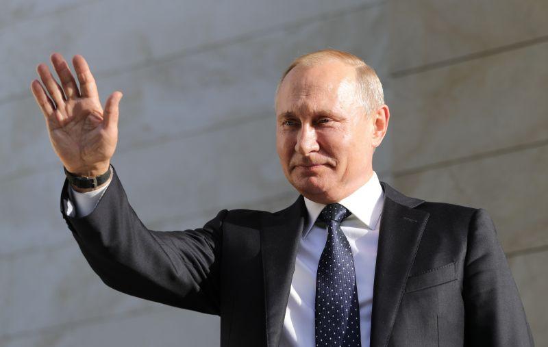 Владимир Путин поставил крес…