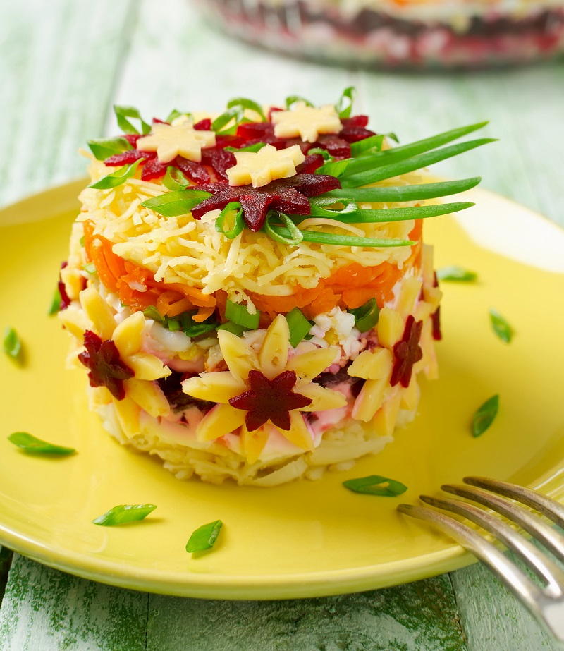 салат из свеклы картофеля и яиц