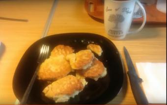 Легкий завтрак. Яблочные оладьи