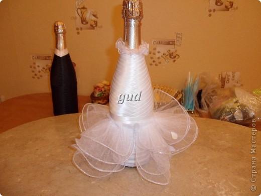 Декор предметов Мастер-класс Свадьба Аппликация Свадебные бутылочки и МК Ленты фото 11