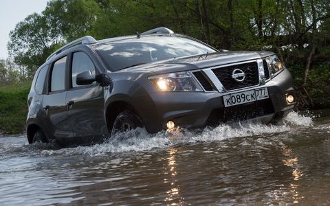 Nissan бесплатно заменит неправильные рули Terrano