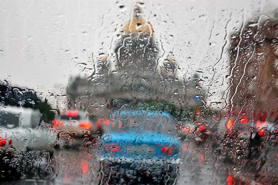 В Петербурге ждут сильного шторма