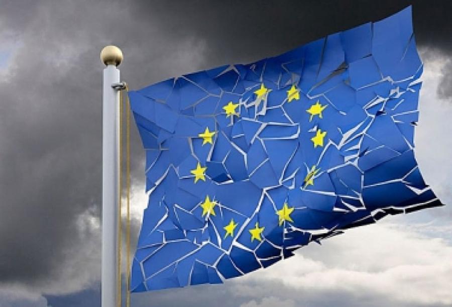 «Европа слаба и подавлена»: Брюссель вновь позорно прогнулся перед США