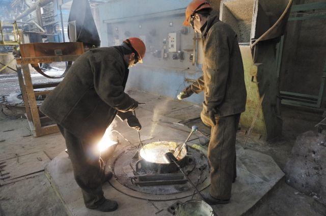 Суд вернул в госсобственность Украины титано-магниевый комбинат Фирташа