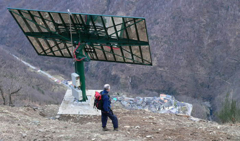 1704 Итальянская деревня строит гигантское зеркало, чтобы не оставаться без света 83 дня