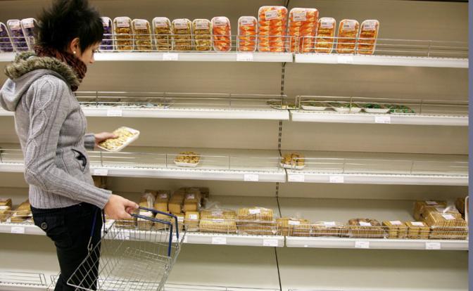 Россиянам грозят голодом и дефицитом продуктов