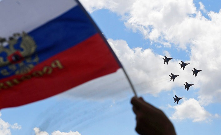 Российские истребители заходят на посадку в Бейруте!