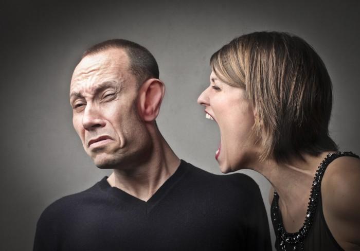 Слезы – вода, или как истерика разрушает отношения