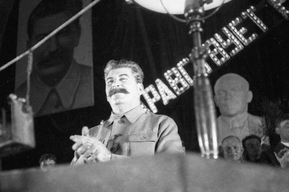 Как и почему в СССР ограничивали размер дач для руководства страны