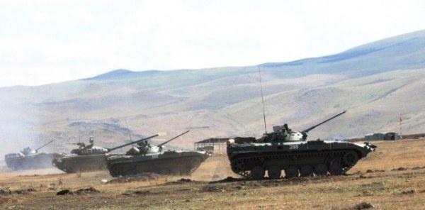 Нароссийской базе расследуют инцидент сострельбой вармянском селе