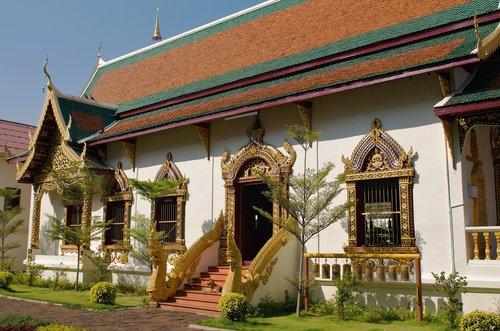 Буддийский храм Ват Чанг Тэм…