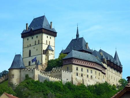 Замок Карлштейн кратко