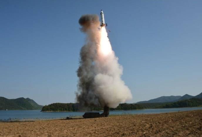 Японские специалисты проанализируют информацию о наличии у КНДР системы высокоточного наведения
