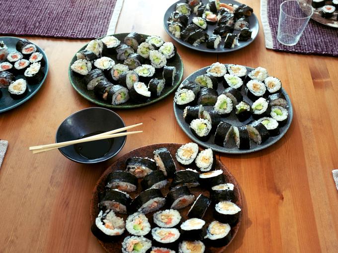 Суши по-домашнему: пошаговый рецепт