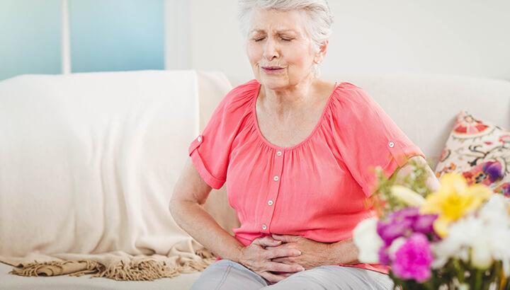4 ранних симптома рака яичников, о которых должна знать каждая женщина